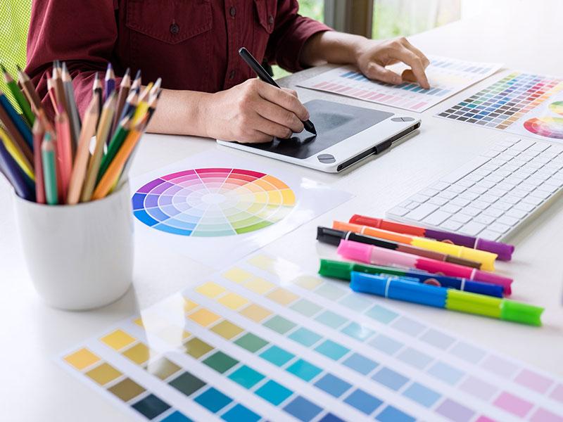 Brisbane Graphic & Web Designer